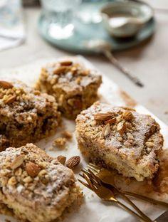 Ταχινόπιτα σαν κέικ | Γλυκά, Παραδοσιακά | Athena's Recipes Banana Bread, Desserts, Food, Tailgate Desserts, Deserts, Meals, Dessert, Yemek, Eten