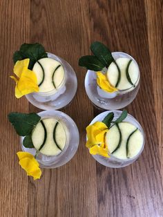 Garnished with apple, cucumber, mint and edible flowers Gin & Tonic Cocktails, Gin And Tonic, Craft Gin, Gin Lovers, Edible Flowers, Cucumber, South Africa, Mint, Apple