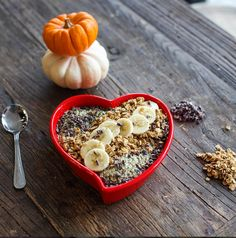 Pumpkin Açaí Bowl Launches At BARE Bowls + Interview With Founder Sarah Lipps | Breakfast Criminals #heartbowl
