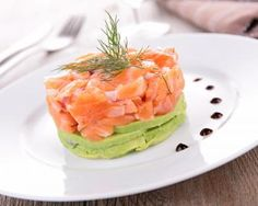 sides of salmon recipes Tapas Recipes, Brunch Recipes, Appetizer Recipes, Appetizers, Salmon Recipes, Fish Recipes, Healthy Recipes, Almuerzo Light, Salmon Y Aguacate