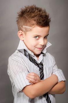 50 стильных причесок для мальчиков