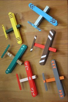 50 Ideas diy christmas projects for kids popsicle sticks Popsicle Stick Crafts, Craft Stick Crafts, Crafts For Kids, Popsicle Sticks, Wooden Craft Sticks, Clothespin Crafts, Wooden Crafts, Paper Craft, Wooden Toys