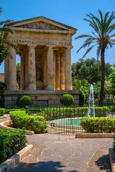 Our Malta expert offers a guide to the island's top free attractions, in Valletta and beyond