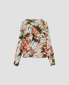 Image 8 of VISCOSE TOP WITH POCKETS from Zara