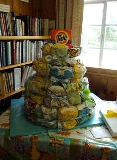 Cloth diaper cake **pics** - Cloth Diapering - BabyCenter. This would cost a lot, but WOW what a gift!!!!