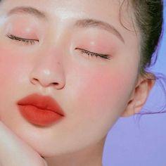 29 Ideas For Korean Makeup Tutorial Natural Lips Makeup Trends, Makeup Inspo, Makeup Inspiration, Beauty Makeup, Makeup Style, Makeup Ideas, Korean Makeup Tutorial Natural, Korean Makeup Tutorials, Korean Makeup Look