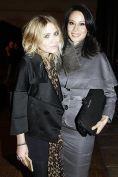 Lucy Liu with Mary-Kate Olsen at the Paris Fashion Week (Ready to Wear) Fall-Winter 2008-2009 in Paris, France. (01/03/2008)
