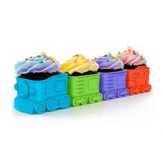 Perfect for a child's birthday party or to create a train full of treats for a fun surprise, this locomotive train is actually 4 food safe baking cups that can be filled with cake mix and ba . Cupcake Tray, Cupcake Mold, Cupcake Cakes, Cup Cakes, Cool Gifts, Unique Gifts, Train Cupcakes, Little Red Hen, Baking Cups