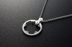 CHAIN ​​RING Necklace TYPE 1.    Would love to have one of this around my neck!