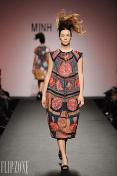 Minh Hanh dress, 2009 collection  How ridiculous is this?  But I think we would all look quite the same in it.