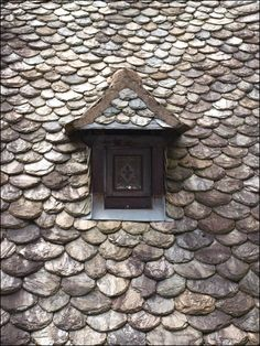A roof in Conques (France)