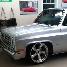 Discover recipes, home ideas, style inspiration and other ideas to try. Chevy Trucks For Sale, Silverado Truck, Custom Chevy Trucks, Chevy Pickup Trucks, Classic Chevy Trucks, Chevy C10, Chevy Pickups, Chevrolet Trucks, Chevrolet Corvette