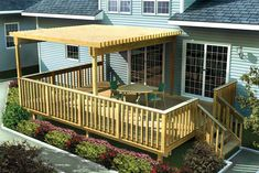 This deck plan offers several options for maximum flexibility. The deck hosts stairs to the back yard, a railing and an optional trellis. The plan package includes four different sizes to choose from. Deck Plan # 391230.