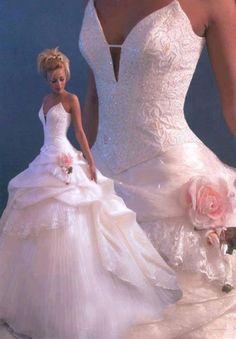 Prinsesse brudekjole Nancy i rosa # bryllup # brud # brudekjole # rosa - Lilly is Love Pink Wedding Gowns, Princess Wedding Dresses, Dream Wedding Dresses, Bridal Dresses, Bridesmaid Dresses, Ivory Wedding, Gown Wedding, Dress Prom, Big Dresses