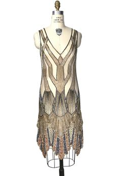 Vintage Flapper Beaded Fringe Gatsby Party Gown - Cut Out Back - The Icon - Rose Gold - The epitome of Art Deco design…our Icon Gown is positively decadent! With a deep v neckline, the - Bijoux Art Deco, Art Deco Jewelry, 1920s Jewelry, Vintage Dresses, Vintage Outfits, Vintage Fashion, Fashion 1920s, Moda Art Deco, Style Année 20