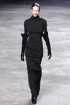 Visions of the Future // Rick Owens Fall 2011 Ready-to-Wear Fashion Show - Aymeline Valade (WOMEN)