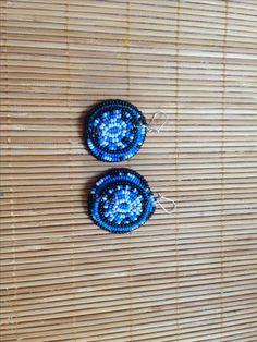 Pendientes circular con abalorios