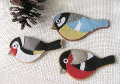 Love these felt ornaments but I think they need some sparkle