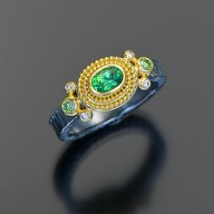 granulation 22kt gold tsavorite garnet ring