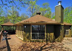 Gatlinburg Vacation Rentals - Gatlinburg Cabin / Bungalow - 1172 Laurel Hideaway - 1172
