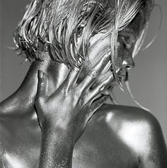 I could look at these images forever. Italian photographer Guido Argentini has always strived to show the full elegance of the female body in his work. His latest project, 'Silver Gaze', is a collection of truly mesmerising photographs in which the artist turned his subjects into living statues. Argentini was born in Florence. By the time he was 23 he had decided to become a photographer. His work is influenced by the sculptures of Constantin Brâncuși, which were often made from polished…