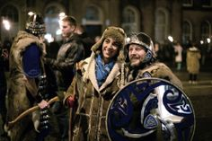 A torchlight procession made its way through Edinburgh marking the beginning of Hogmanay, led by Shetland's Up Helly Aa Vikings. Up Helly Aa, English Army, Norway Viking, Highland Games, Stamford Bridge, New Year Celebration, New Years Eve, Vikings, Celtic