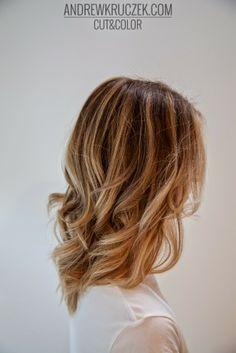 Fresh Summer Blonde with California Hairstyle in KHCsalon