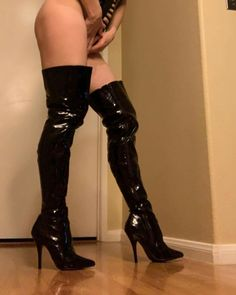 Knee Boots, Photo And Video, Heels, Videos, Photos, Instagram, Fashion, Heel, Moda