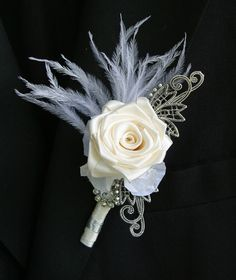 modern boutonniere with shells Gatsby Wedding, Art Deco Wedding, Floral Wedding, Corsage And Boutonniere, Groom Boutonniere, Boutonnieres, Wedding Brooch Bouquets, Corsage Wedding, Prom Flowers