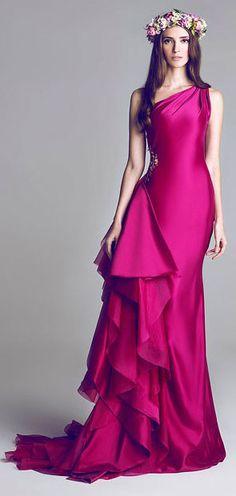 HAMDA AL FAHIM. #Color WOW! #Reception Dress Options / Aisle Perfect