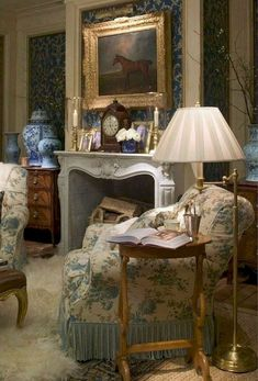 40 Gorgeous French Country Living Room Decor Ideas - Popy Home English Cottage Style, English Country Decor, French Country Living Room, English Style, Country Style, Country French, French Style, English Cottages, Modern English