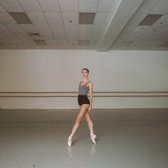 Kaledora of Royal Danish Ballet Ice Dance, Dance Art, Ballet Terms, Ballet Studio, All About Dance, American Ballet Theatre, Misty Copeland, Ballet Photos, Dance Choreography