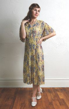 Antique Yellow Gown 1930s MEDIUM by VeraVague