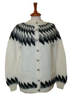 Icelandic Álafoss Wool Sweater * Hand knitted in Iceland * Icelandic Design * Icelandic Wool * Made in Iceland by Icelandic women
