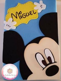 Made To Order Carpet Runners Foam Crafts, Diy And Crafts, Crafts For Kids, Mickey Mouse Crafts, Mickey E Minie, Creative Birthday Cards, Notebook Cover Design, Decorate Notebook, Fabric Dolls