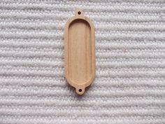 Puinen täytettävä soikea korulinkki kehys, ovaali puinen korulinkkipohja. Askartelu, tee itse koruja, korun tekeminen  https://www.etsy.com/listing/220202191/1-p-unfinished-long-oval-pendant-base?ref=shop_home_active_5