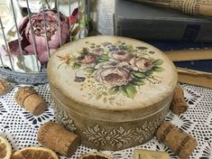 Stable and powerful free email, dating, photo, groupware portal with more than 15 year experience and millions of trusted users. Decoupage Box, Decoupage Vintage, Wood Crafts, Diy And Crafts, Shabby Chic Crafts, Hat Boxes, Altered Boxes, Diy Ribbon, Trinket Boxes