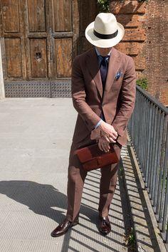 Derek Bleazard of B&R in brown linen