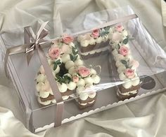 A lovely cheerful birthday cake made of numbers. The number cakes are turning into a hit. Buttercream Cake, Fondant Cakes, Cupcake Cakes, Cupcakes, Pretty Cakes, Beautiful Cakes, Bolo Glamour, Bolo Nacked, Alphabet Cake