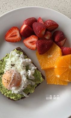 Think Food, I Love Food, Healthy Snacks, Healthy Eating, Healthy Recipes, Healthy Breakfasts, Plats Healthy, Food Goals, Aesthetic Food