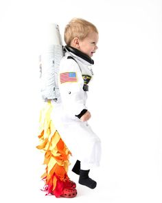 Come see the DIY astronaut costume on the blog today! When the kid walks by it looks like they're flying! www.ohhappyday.com