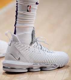 "6ccfa14e4e9 Bleacher Report Kicks on Instagram: ""Metallic. @KingJames with the most  clean Nike LeBron 16 tonight against Indiana."""