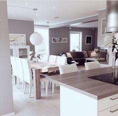 Kitchen facing dining table and living room instead of the usual? Kitchen Living, Home Living Room, Living Room Decor, Living Spaces, Dining Room, Dining Table, Küchen Design, Interior Design, Casa Clean