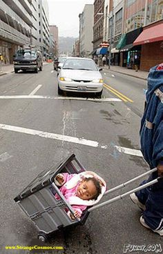 Funny Pictures : Ghetto stroller.