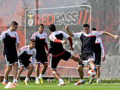 Treino do Benfica (Reuters)