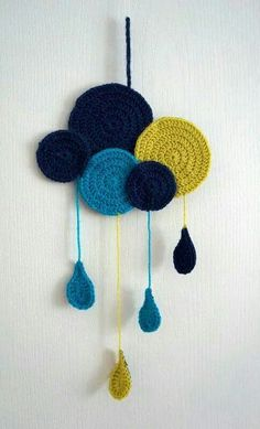 Captivating All About Crochet Ideas. Awe Inspiring All About Crochet Ideas. Crochet Diy, Crochet Home, Love Crochet, Crochet For Kids, Chat Crochet, Mobiles En Crochet, Crochet Mobile, Crochet Wall Hangings, Crochet Decoration