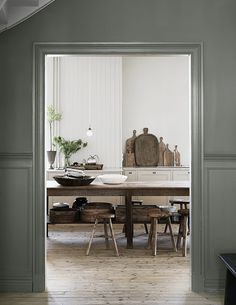 The beautiful house in Goteborg of the owners of Artilleriet - Home Design & Interior Ideas Decoracion Vintage Chic, Mad About The House, Beautiful Villas, Cuisines Design, Scandinavian Home, Interiores Design, Kitchen Interior, Modern Interior, Bathroom Interior