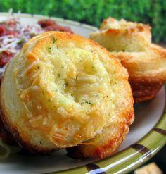 Garlic Roll Muffins