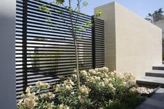 Outdoor Design, Black Modern Iron Fence With Beige Exterior Wall Color And Beautiful Landscape: Modern Iron Fence Designs, Types and Styles