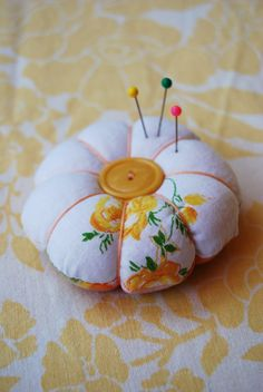 pin cushion tutorial - a bit more of a traditional take...also quite simple.